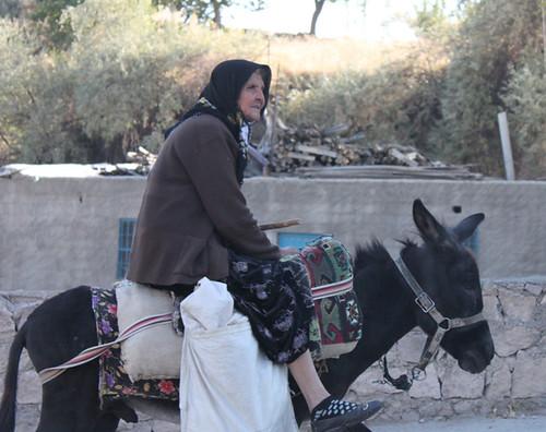 IMG_7780-Ihlara-woman-on-donkey2