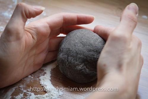 Black buns