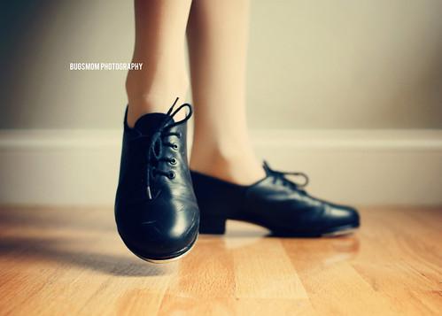 tap feet