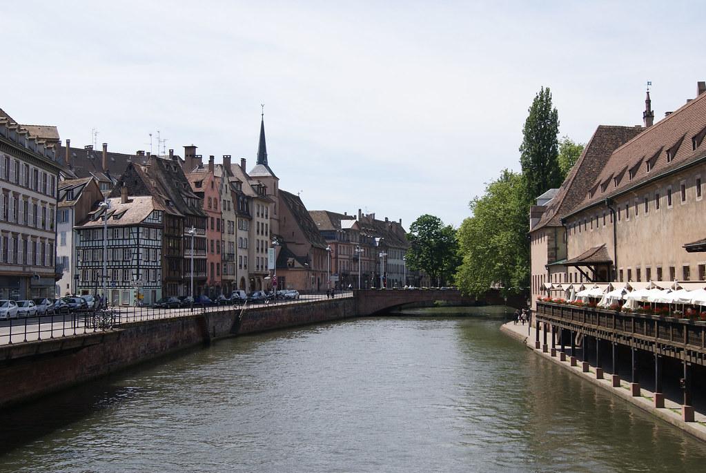 Pont et église Saint-Nicolas