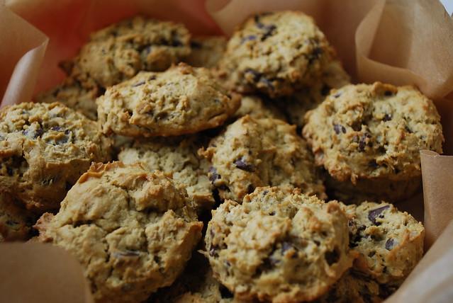 Avocado Chocolate Chip Cookies (vegan and gluten free)