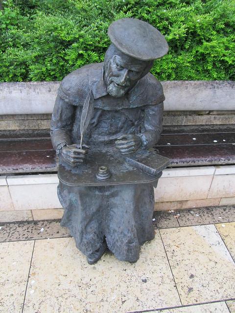 William Tyndale statue, Bristol