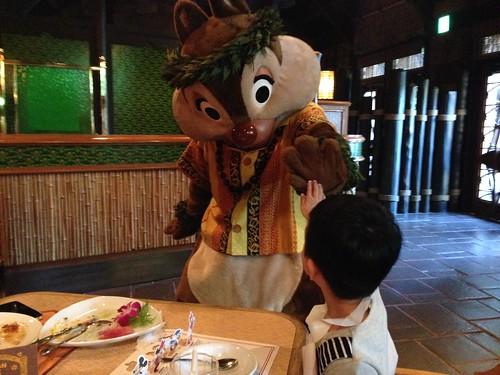 [日本] 東京迪士尼的自由行,第三天,迪士尼精彩米奇餐廳秀 » Nancy Chu*s Blog