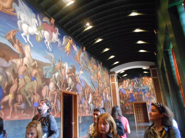 Murales de la sala de las pinturas en La Laboral de Gijón