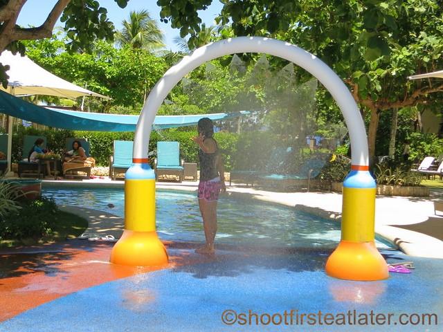 Shangri-La Mactan - main pool-003