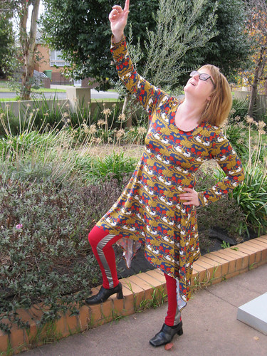 Crafty Mamas Lovely Layers tunic with StyleARC April pants