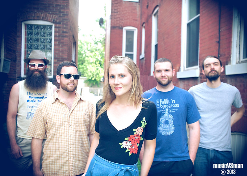 Nora Jane Struthers & The Party Line