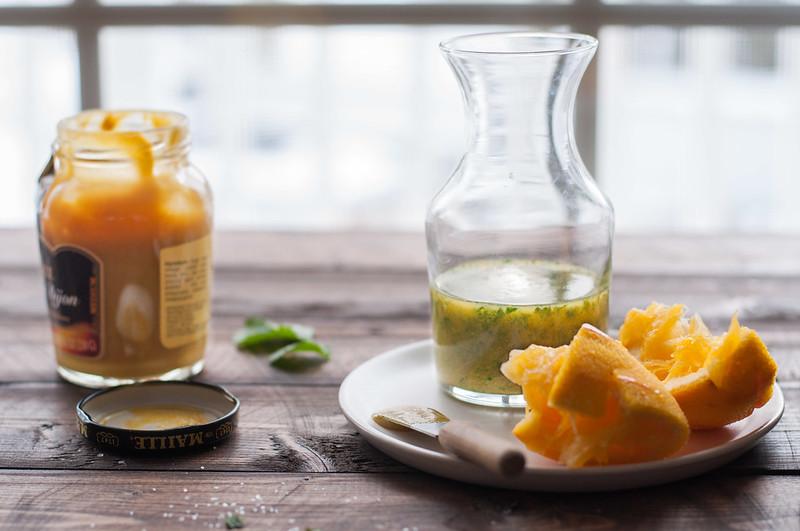Toasted sesame vinaigrette for arugula orange salad