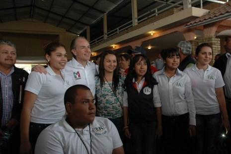 Carrera López en Cerritos.