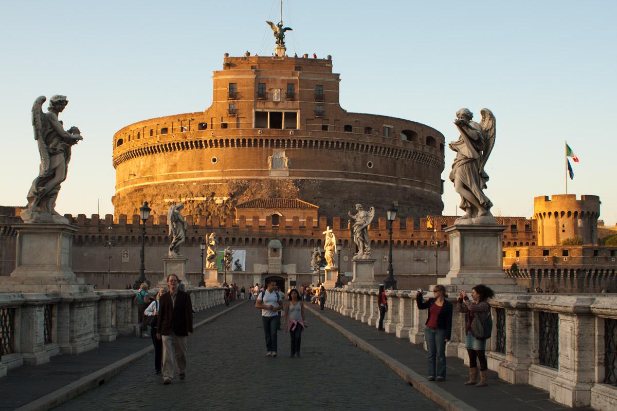 Puente y castillo de Sant'Angelo
