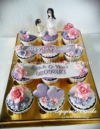 kue lamaran, kue pernikahan, DKM Cakes telp 08170801311, toko kue online jember, kue ulang tahun jember, pesan blackforest jember, pesan cake jember, pesan cupcake jember, pesan kue jember, pesan kue ulang tahun anak jember, pesan kue ulang tahun jember,rainbow cake jember,pesan snack box jember, toko kue online jember, wedding cake jember, kue hantaran lamaran jember, tart jember,roti jember, cake hantaran lamaran jember, engagement cake, kastengel jember, pesan kue kering jember, rainbow cake jember, DKMCakes, kue ulang tahun jember, cheesecake jember, cupcake tunangan, cupcake hantaran, engagement cupcake, Pesan kue kering lebaran jember, pesan parcel kue kering jember   untuk info dan order silakan kontak kami di 08170801311 / http://dkmcakes.com