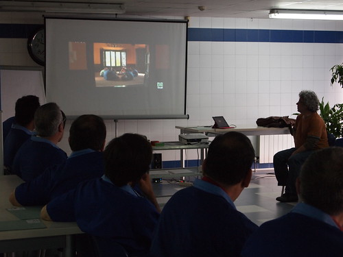 2013 iniciativa GIZONDUZ USOA 25sept by tallerusoa