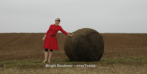 Dungbeetle and Sisyphus / in the countryside / art / performance for film and passing audience 2008 by Birgit Deubner