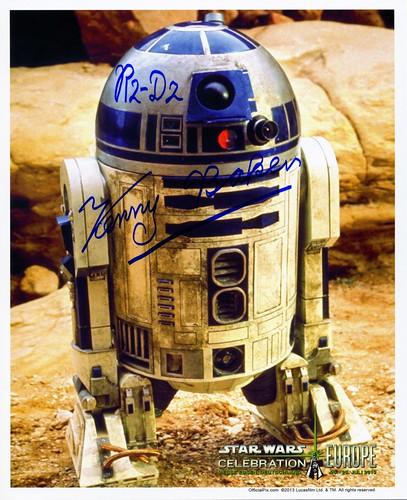 018-Kenny Baker-R2-D2