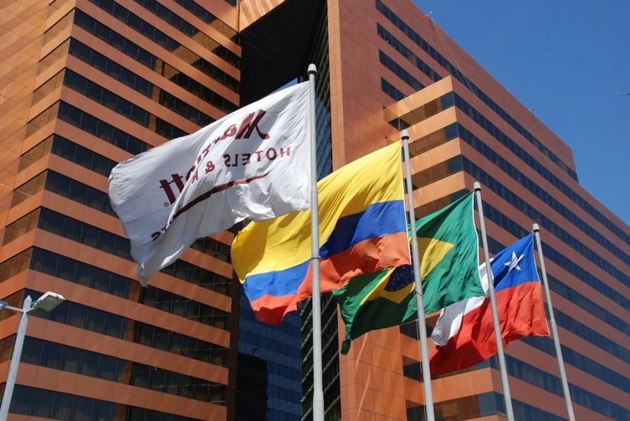 Banderas Marriot Hotel Santiago de Chile