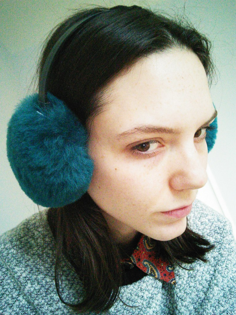 Big earmuffs, bigger forehead | Earmuffs, £17 American Apparel