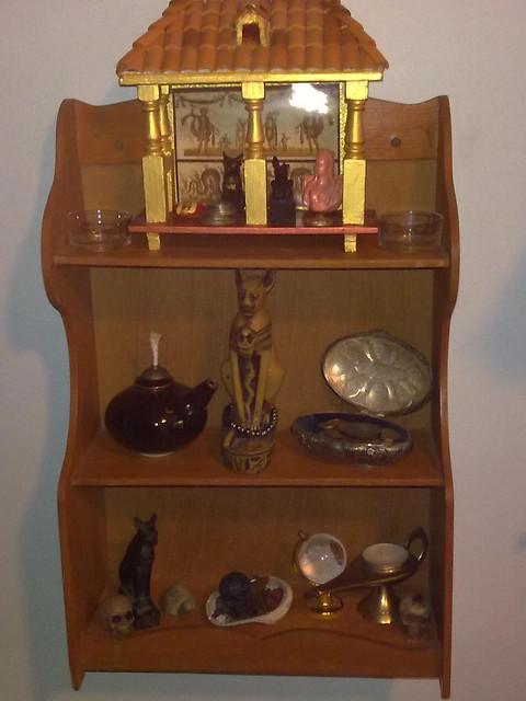 Household shrine