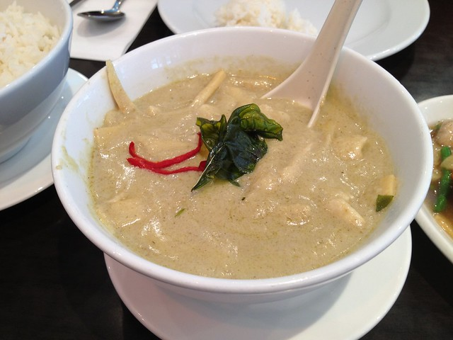 Chicken green curry - Tuk Tuk Noodle Bar