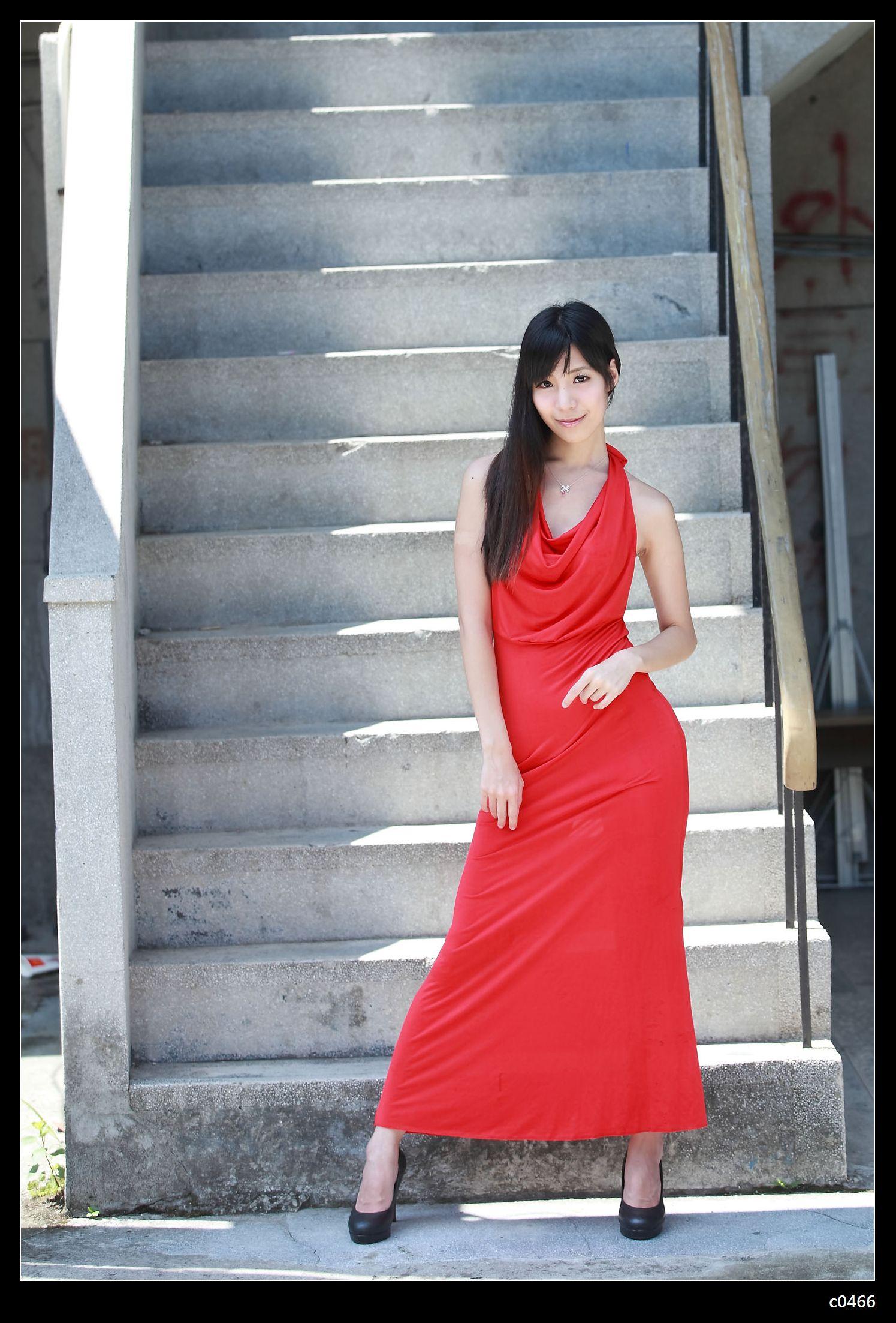 DCView 數位視野 - 作品發表區 - 紅禮服美女-徐子瀅