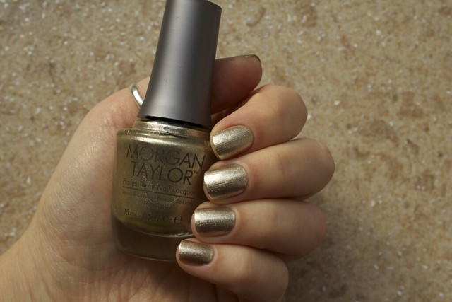 01 Morgan Taylor Give Me Gold swatches in shadow