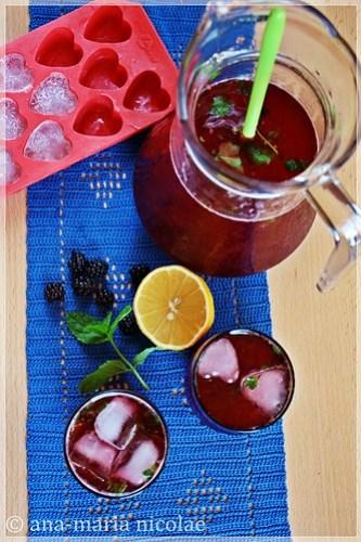 Green tea & blackberry lemonade