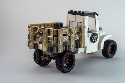 LEGO Old Truck Back