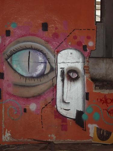 200704100111_BKK-graffiti