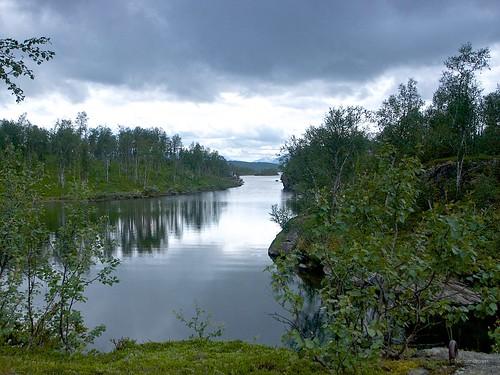 On the banks of Kjelvatnet