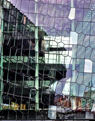 Harpa detail by SpatzMe