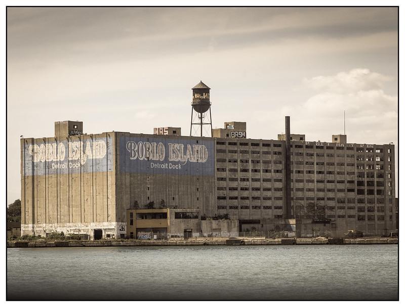 Detroit-2