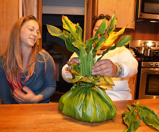 Kanani and Alexa preparing the Ho'okupu