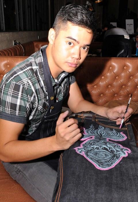 sculptor-fashion designer Leeroy New