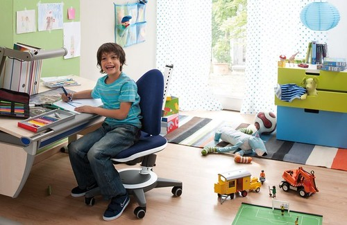 adjustable desk and chair