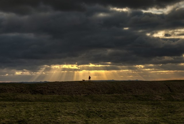 Crepuscular rays over Uffington White Horse Hill
