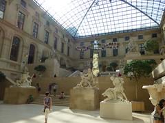 Und noch mehr Statuen im Louvre