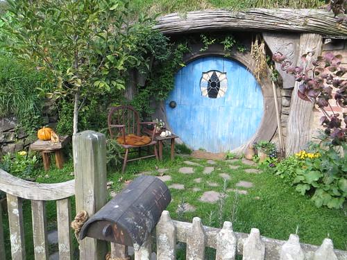 hobbit hole 9