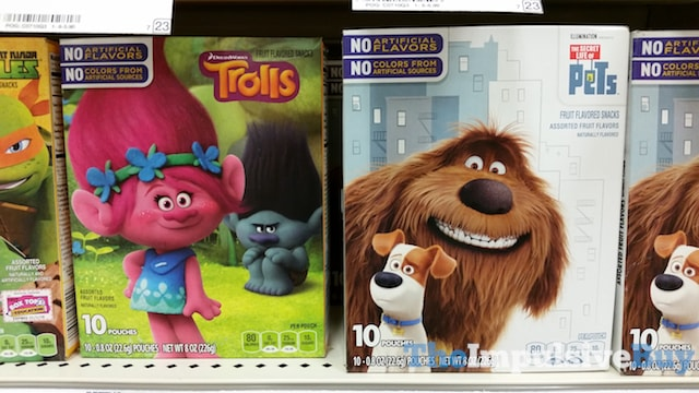 DreamWorks Trolls and The Secret Life of Pets Fruit Flavored Snacks