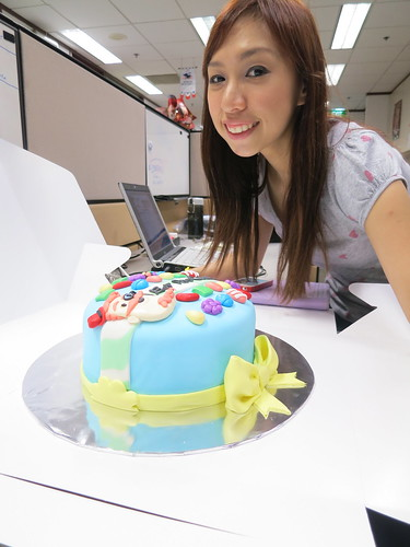 Singapore Lifestyle Blog, Singapore Food Blog, Singapore Blog, nadnut, Candy Crush, Shiberty, Shiberty's Sweets, Shiberty's Sweets review, Shiberty's Sweets cake, Candy Crush cake, Awesome cake, Rainbow cake, Where to order rainbow cake in Singapore?, Where to order Candy Crush cake in Singapore?, nadnut rainbow, nadnut rainbow cake, nadnut Candy Crush cake, Shiberty's Sweets Candy Crush Cake