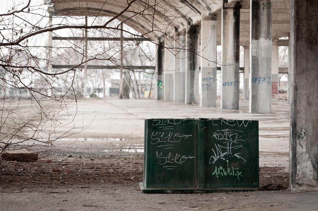 Hangares abandonados UAH (VIII)