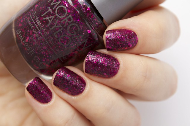 02 Morgan Taylor To Rule Or Not To Rule without topcoat