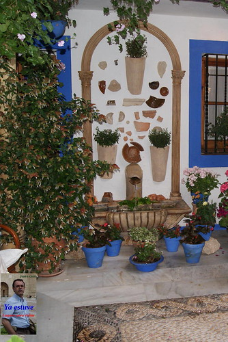 Fuente decorada Patios Córdoba