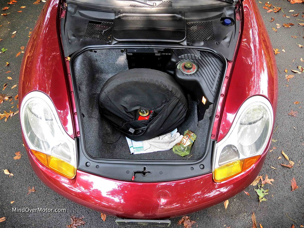 1999 Porsche 911 Carrera 996 Trunk