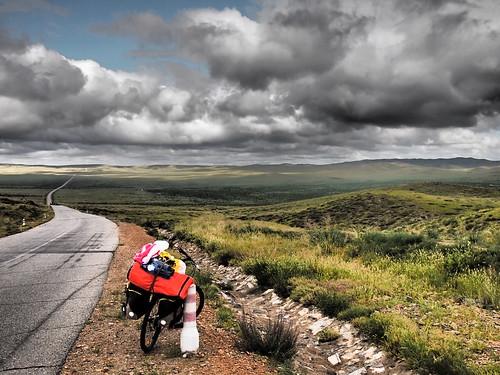 On the road to Dashinchilen - Mongolia