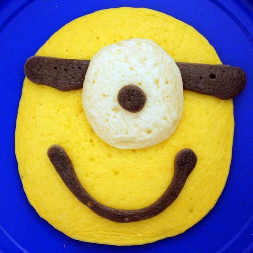 2013 06 Minion Pancakes (2)