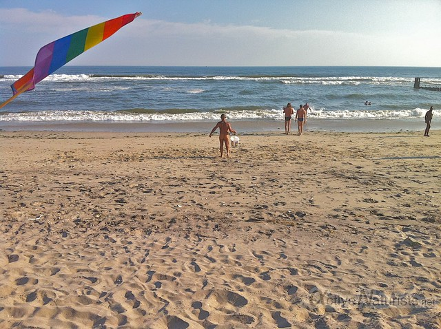 naturist 0002 Jacob Riis Park beach, NY, USA