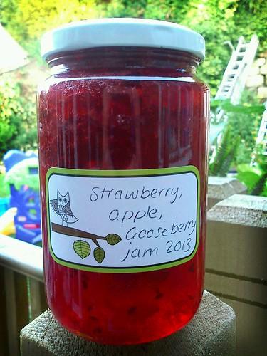 strawberry, apple and gooseberry jam