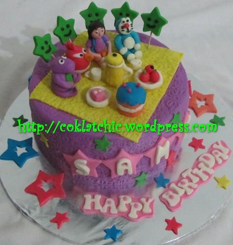 Cake Barney, angry bird, dora the explorer dan doraemon