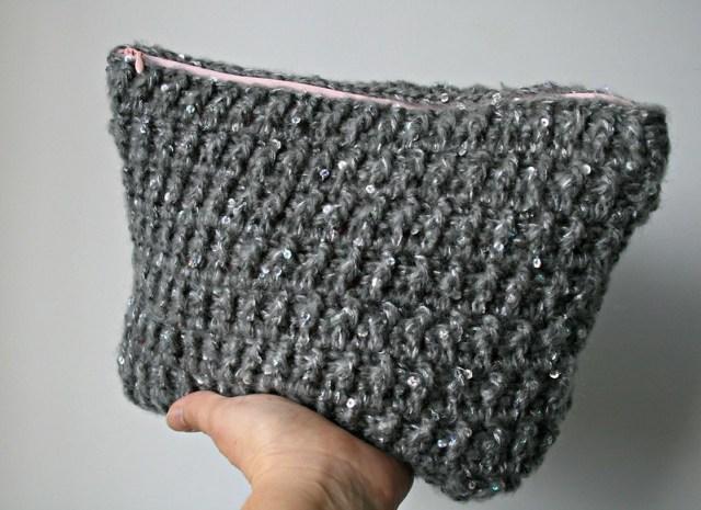 Silver pounch bag 156 3