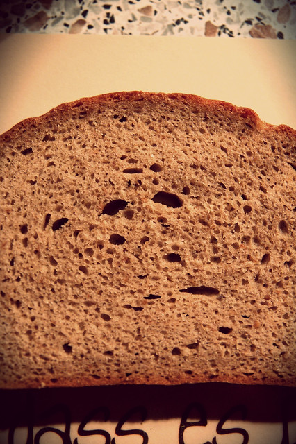 I see bread faces