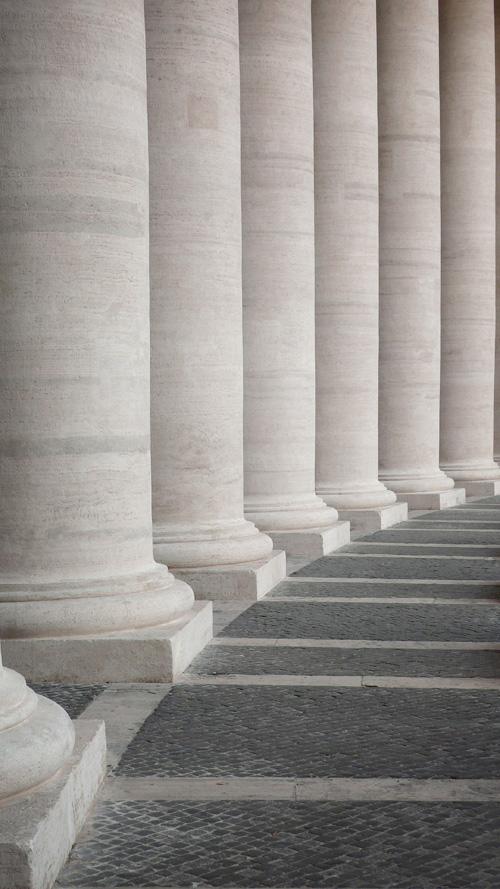 Vaticano columns